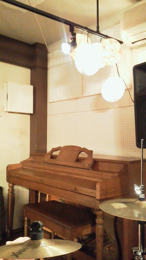 初・mona records <br />  ライブ無事終了!!